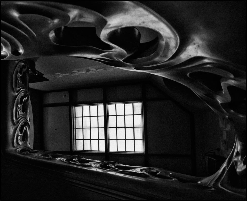 "photo ""ladder"" tags: black&white, interior,"