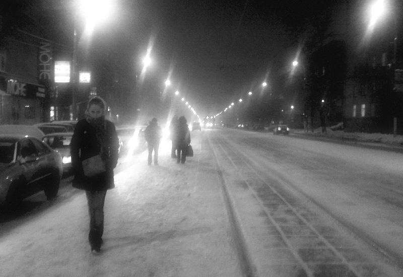 """фото """"В ожидании трамвая"""" метки: город,"""