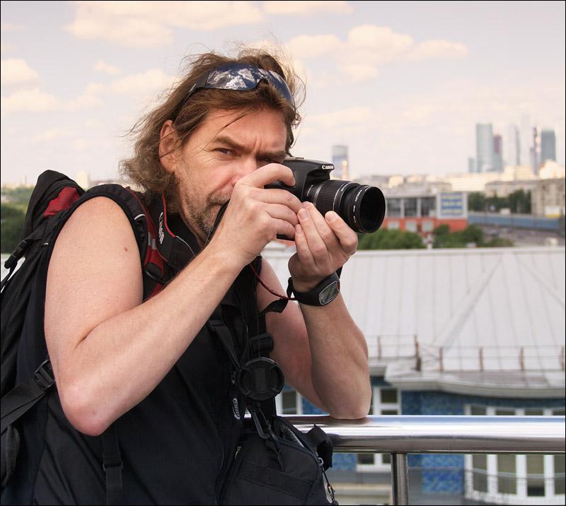 "photo ""Sportive photo-journalist"" tags: portrait, man"