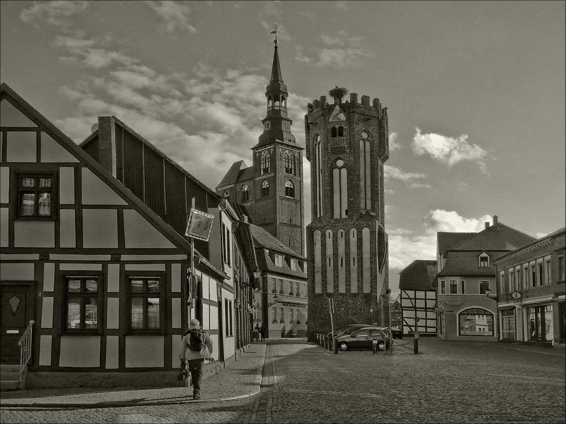 "photo ""Tangermünde"" tags: city,"