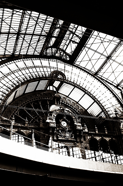 "photo ""Antwerpen. Train station"" tags: , 2012"
