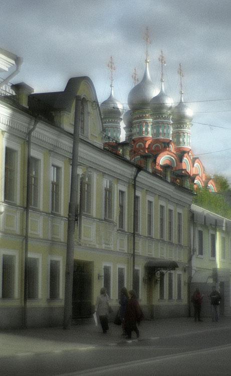 "фото ""Полянка."" метки: город,"