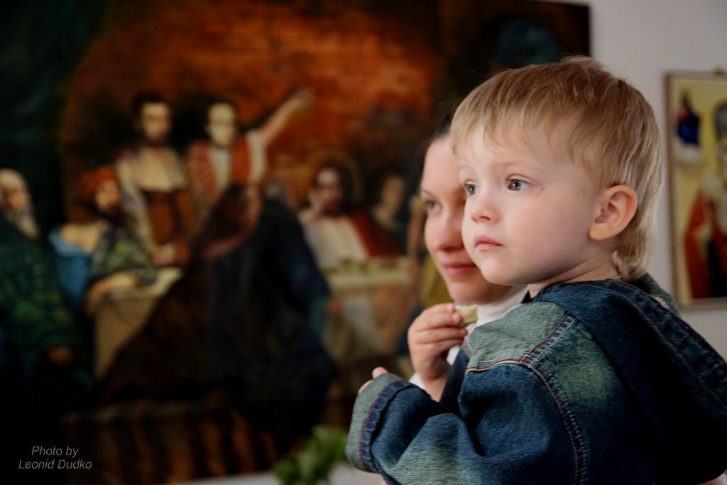 "photo ""В храме"" tags: misc.,"