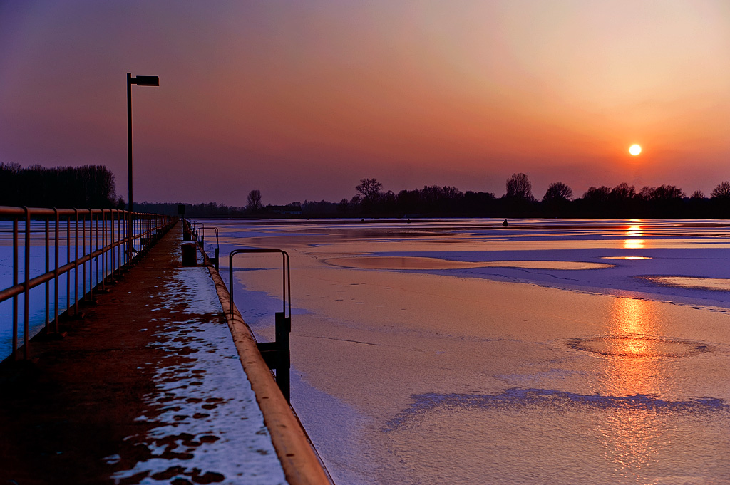 "photo ""Sunset on ice"" tags: landscape, sunset, water"