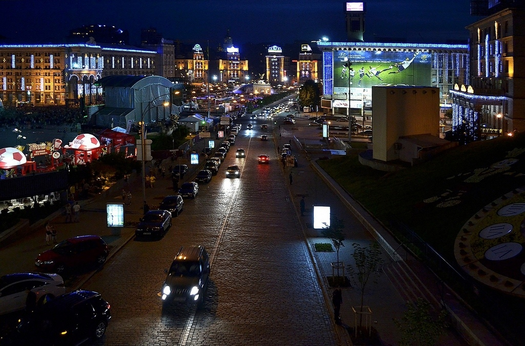 "фото ""ночь в центре Киева,ЕВРО 2012"" метки: ,"