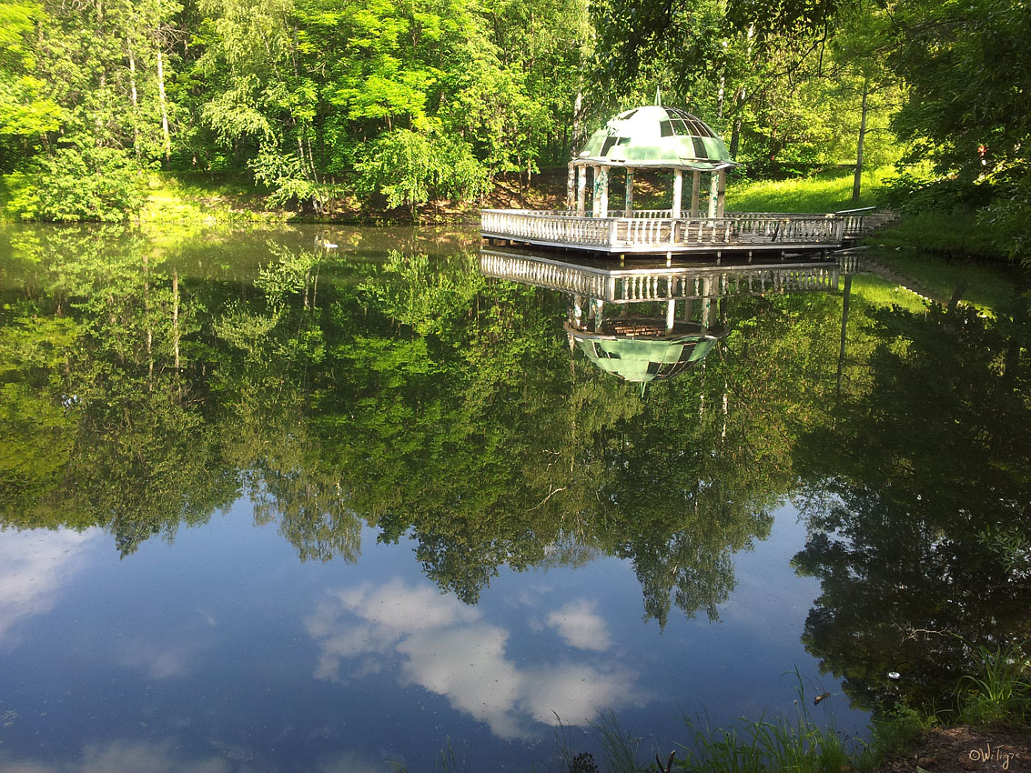 """фото """"Плывущая ротонда"""" метки: пейзаж, вода, лето"""