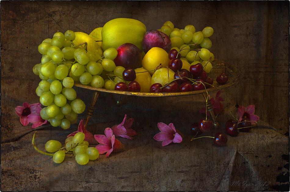 """фото """"[Натюрморт с черешней и виноградом] Натюрморт с черешней и виноградом"""" метки: натюрморт,"""