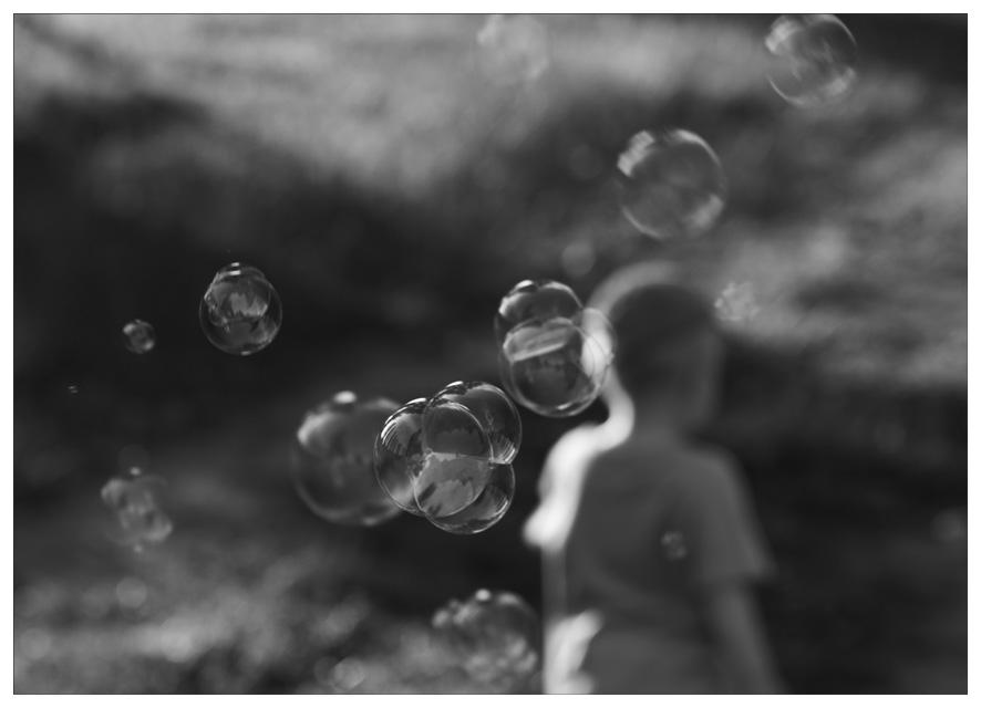 "photo ""left thoughts"" tags: black&white, portrait, children"
