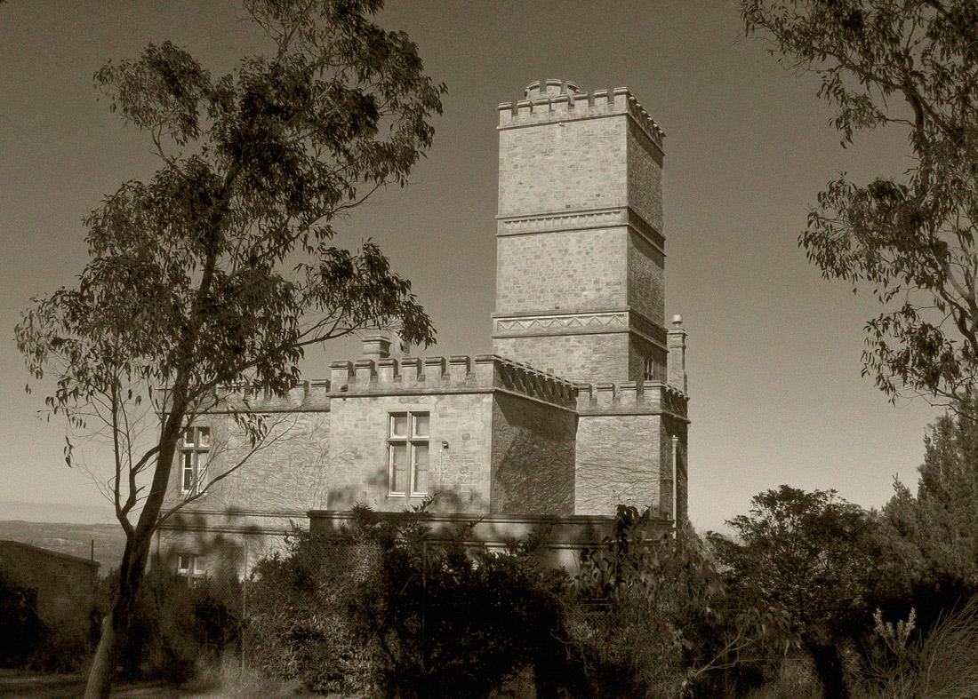"""photo """"Old Castle"""" tags: architecture, black&white, landscape,"""