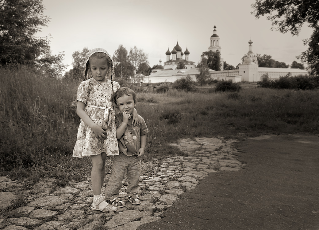 """фото """"Лиза с братиком Захаркой"""" метки: жанр,"""