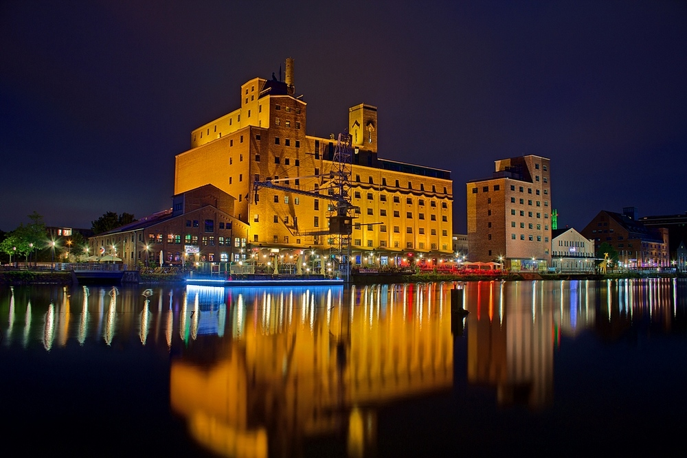 "photo ""Wehrhahn-Mill"" tags: architecture, city, landscape,"