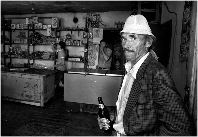 "photo ""Beer drinkers"" tags: portrait, man"