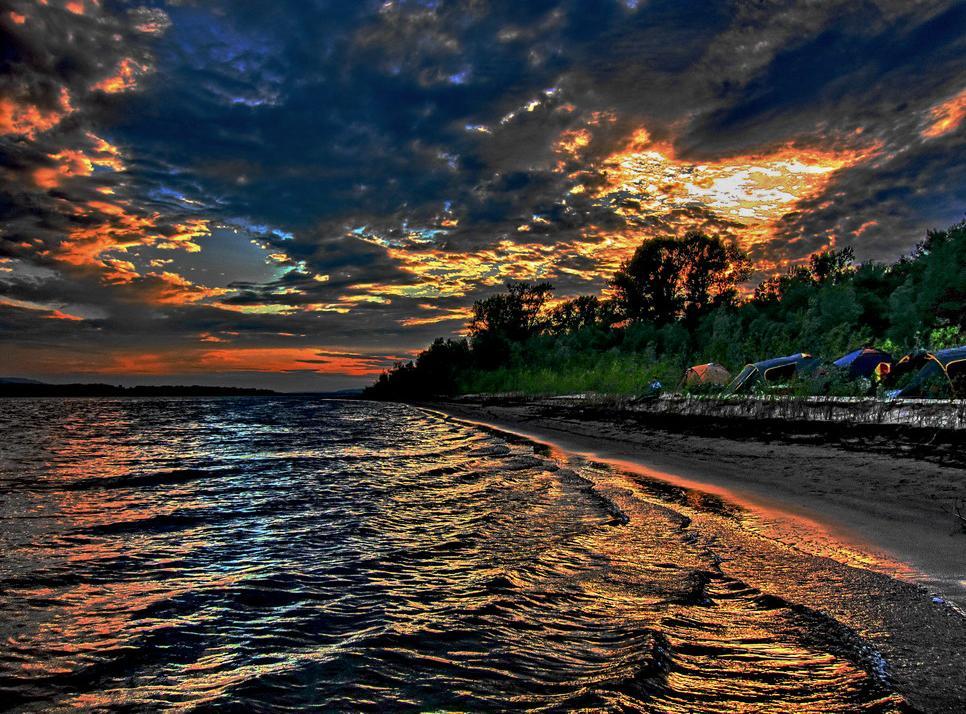 """фото """"Небесная баталия"""" метки: пейзаж, вода, закат"""