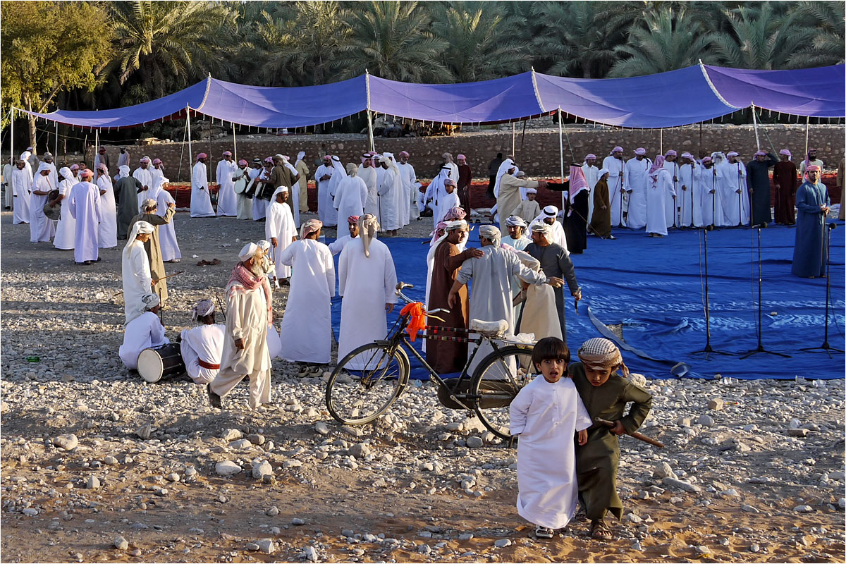 "фото ""Оман. Местная свадьба. Последние приготовления."" метки: путешествия, Азия"