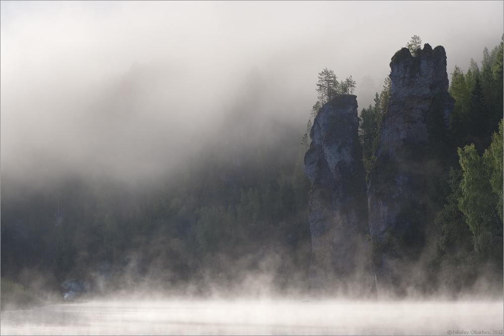 "фото ""Утро / 0214_0094"" метки: пейзаж, горы, лес, лето, рассвет, река, скалы, туман"