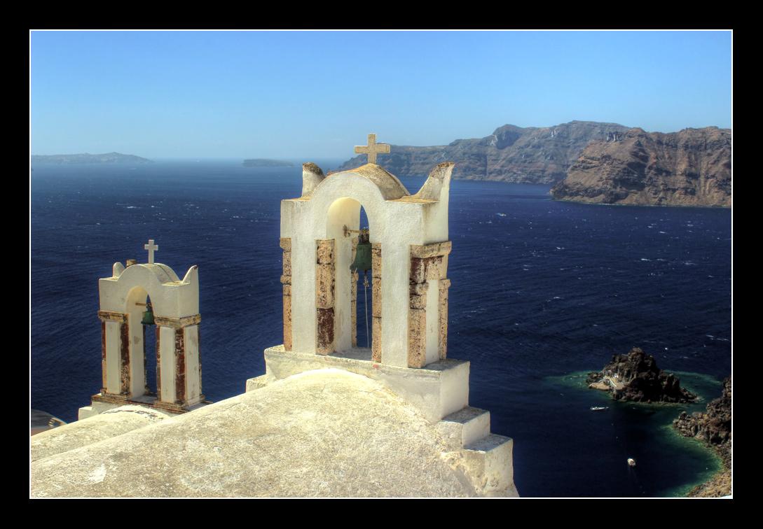 """фото """"***"""" метки: пейзаж, архитектура, путешествия, Греция, Европа, Санторини, вода, горы, здание, колокола, море, религия, скалы, храм, христьянство"""
