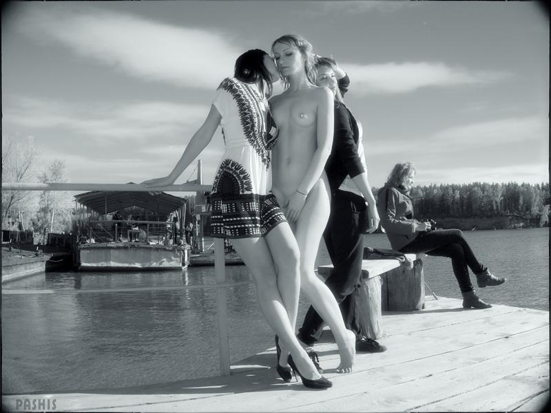"photo ""Girls on the Berth (Девушки на Причале)"" tags: nude, glamour, genre,"