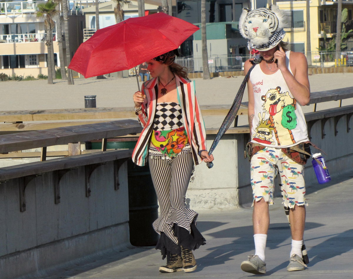 "photo ""***"" tags: street, humor, glamour,"