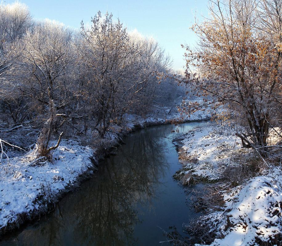 "фото ""Течёт река"" метки: пейзаж, вода, зима"