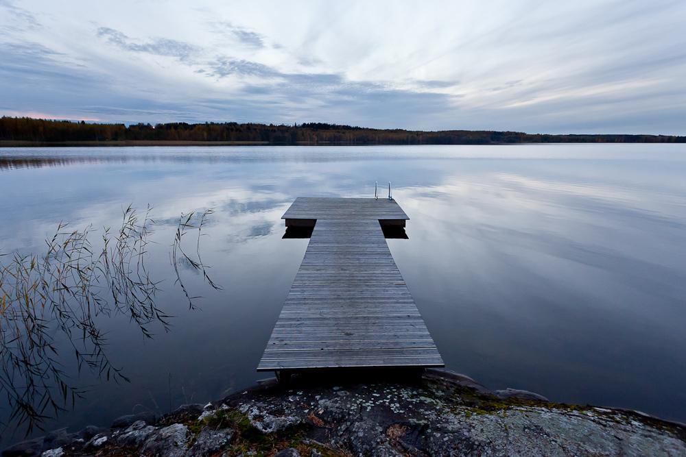 "фото ""Т - тишина."" метки: пейзаж, вода, озеро, осень, пирс"