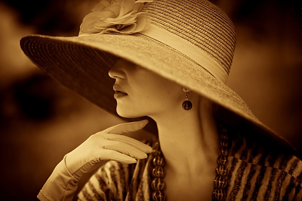 "photo ""***"" tags: portrait, glamour, old-time, girls, summer, woman, модель"