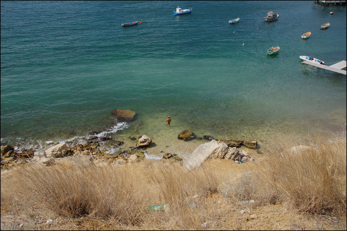 "photo ""Wild beach"" tags: travel, Crimea, sea, summer, water"
