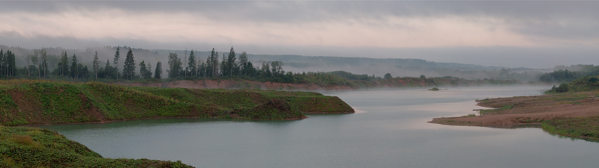 "photo ""***"" tags: panoramic, fog, lake, morning"