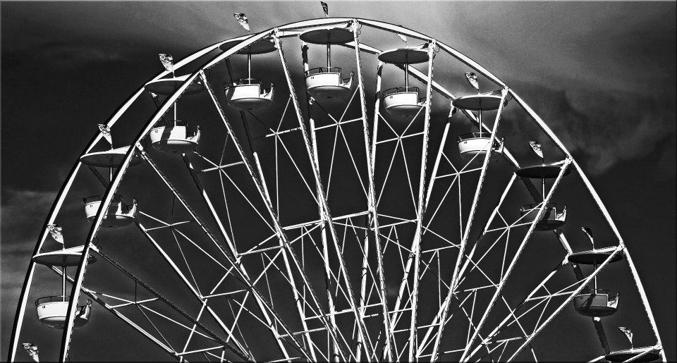"""фото """"Half Circle"""" метки: черно-белые, разное, фрагмент,"""