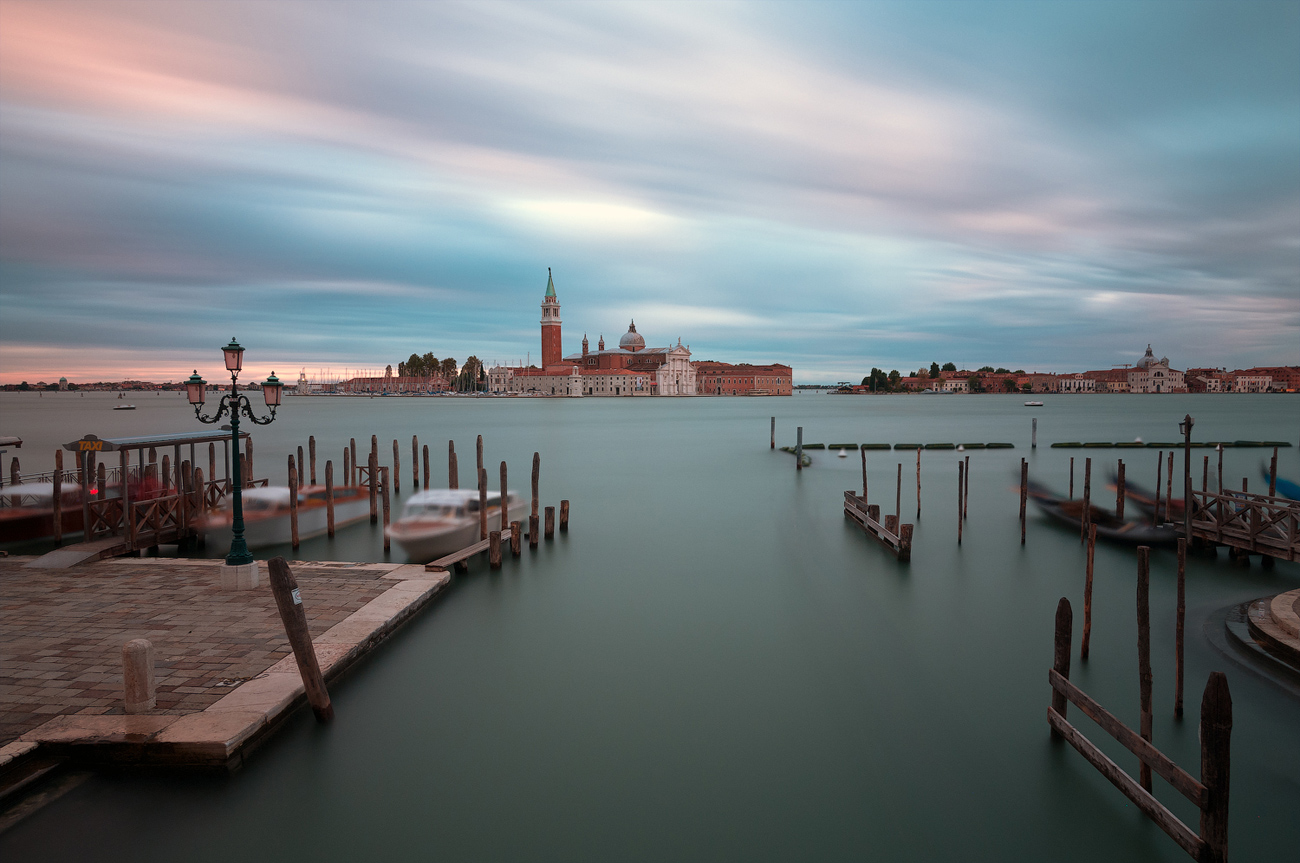"photo ""***"" tags: architecture, travel, Europe, Italy, Venice, building, summer, water"