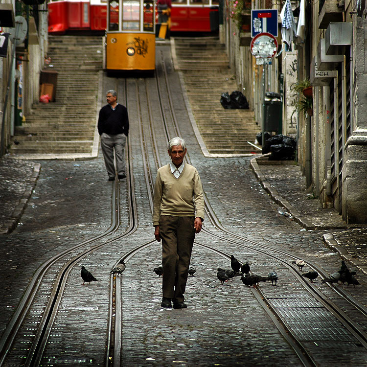 "photo ""Quo Vadis?"" tags: reporting, street, city, rezon Lisbon Portugal"