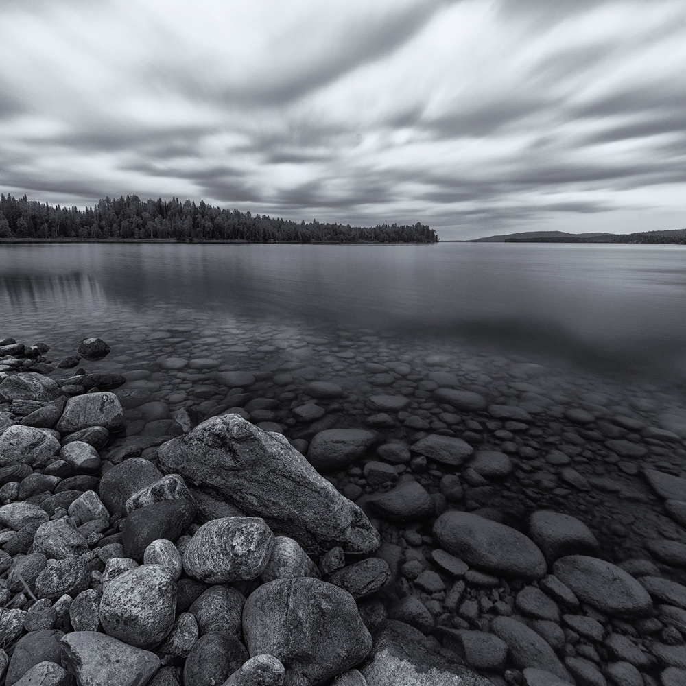 "photo ""***"" tags: landscape, travel, black&white, Karelia, clouds, lake, summer, water"