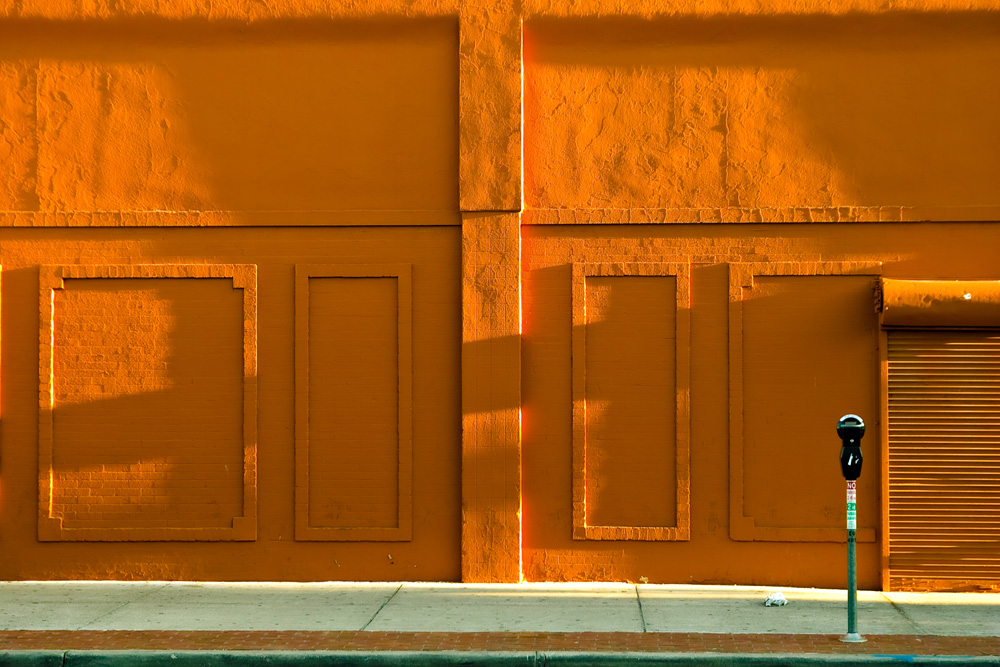 "фото ""Sunrise on a building facade"" метки: архитектура, стрит-фото, Building facades"