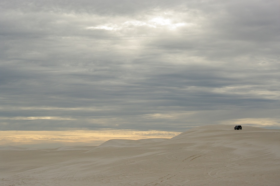 "photo ""Alone in the desert"" tags: landscape, Sand, alone, desert, sky"