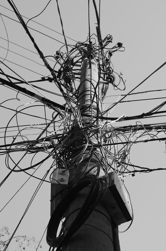 "фото ""Жици"" метки: город, стрит-фото, черно-белые,"