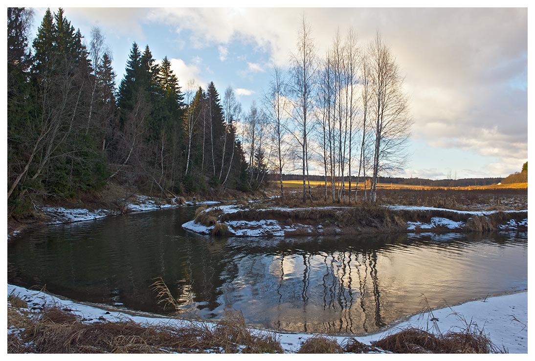 """фото """"Излучина"""" метки: пейзаж, вода, лес, осень, поле, снег"""