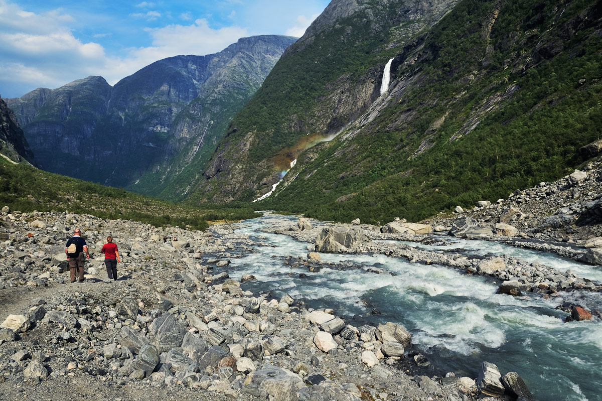"photo ""***"" tags: landscape, travel, nature, Europe, Norway, colour, mountains, people, water, долина"