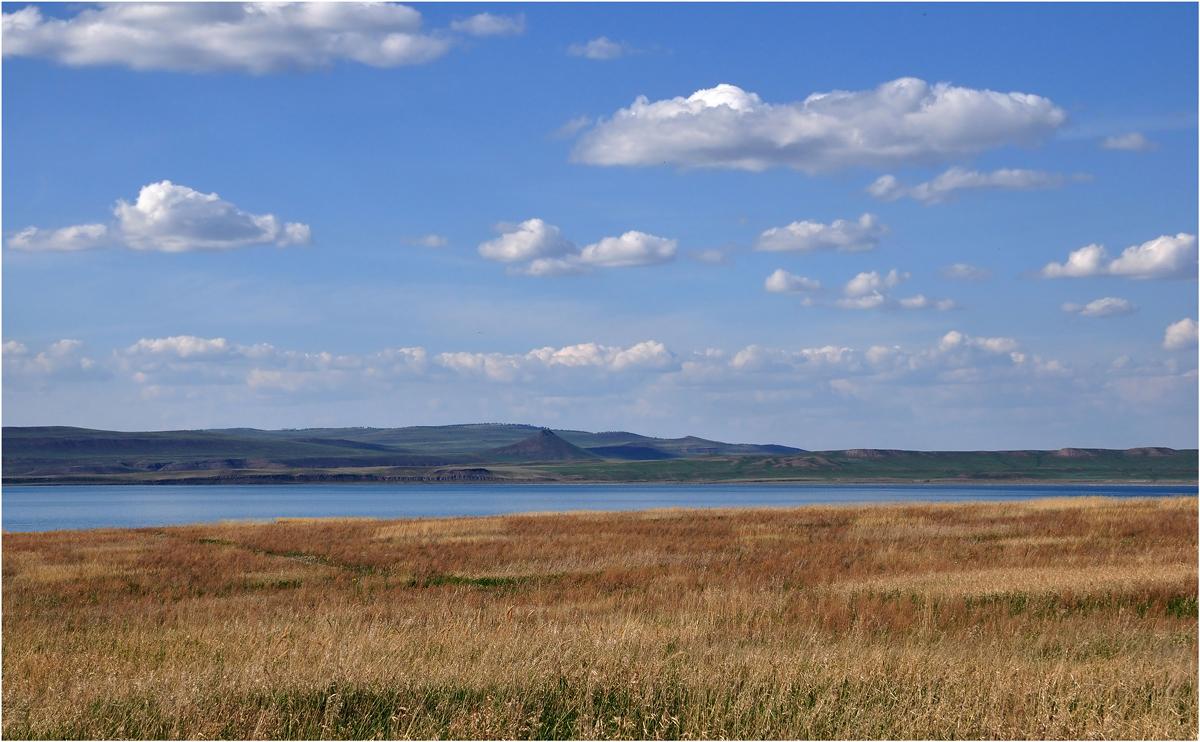 """фото """"Хакасские мотивы"""" метки: пейзаж, путешествия, Азия, весна, вода, горы, облака, озеро Белё"""