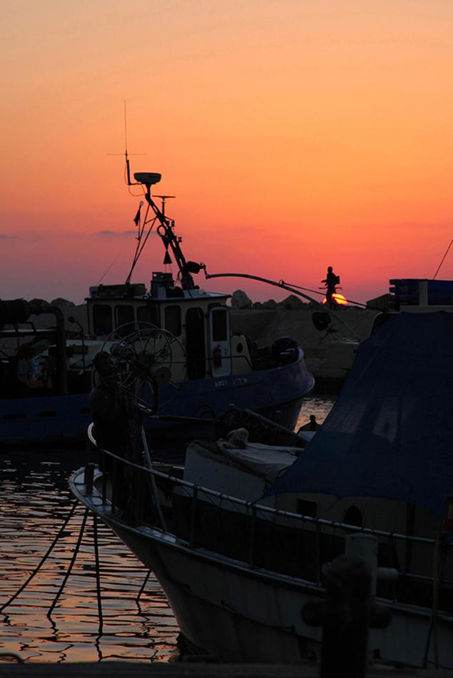 """фото """"Припозднившийся рыбак"""" метки: путешествия, пейзаж, закат"""