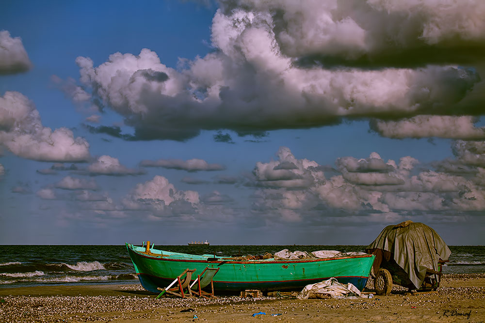 "photo ""Fishing boat"" tags: travel, landscape, Africa, clouds, sea, water"