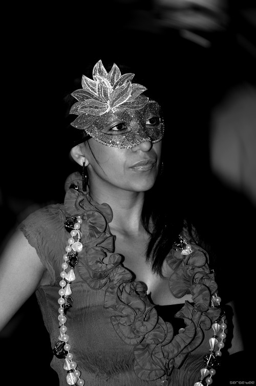 "photo ""Mardigras Time"" tags: portrait, street, black&white,"