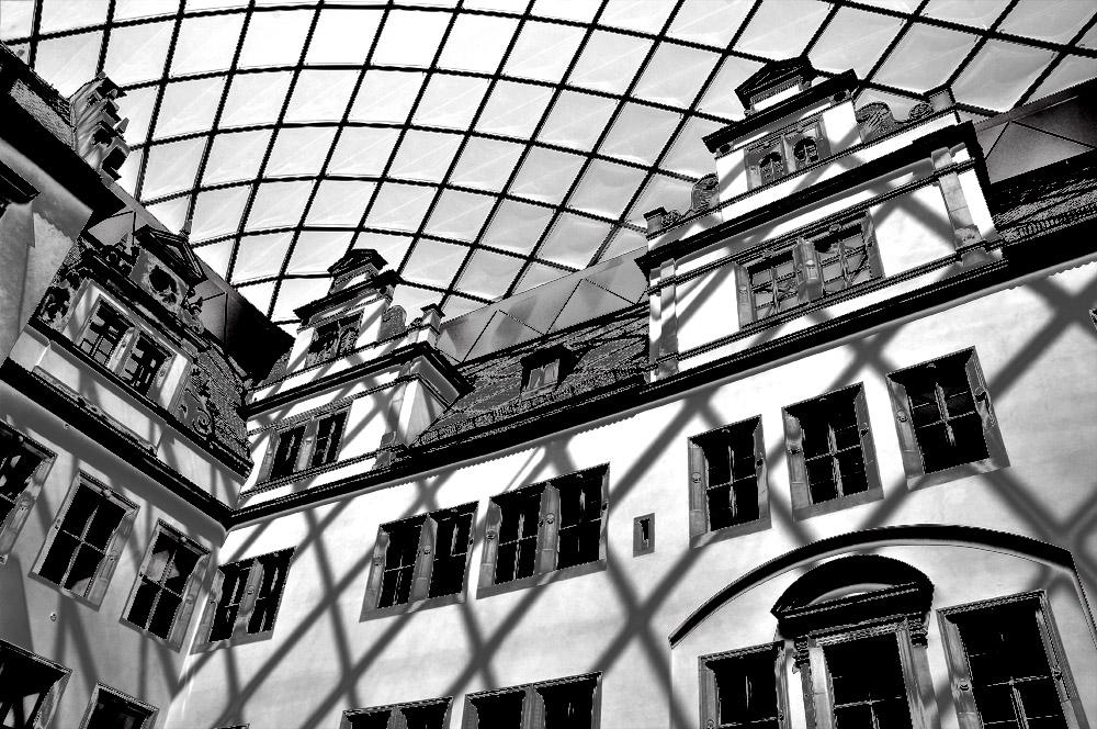 "фото ""тень"" метки: архитектура, Дрезден"