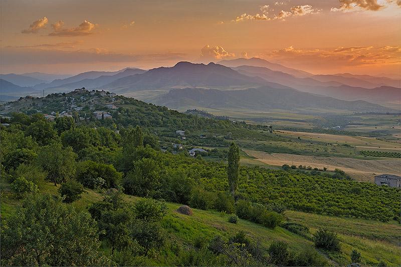 "photo ""***"" tags: landscape, mountains, sunset"