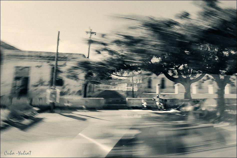 "photo ""***"" tags: travel, street,"