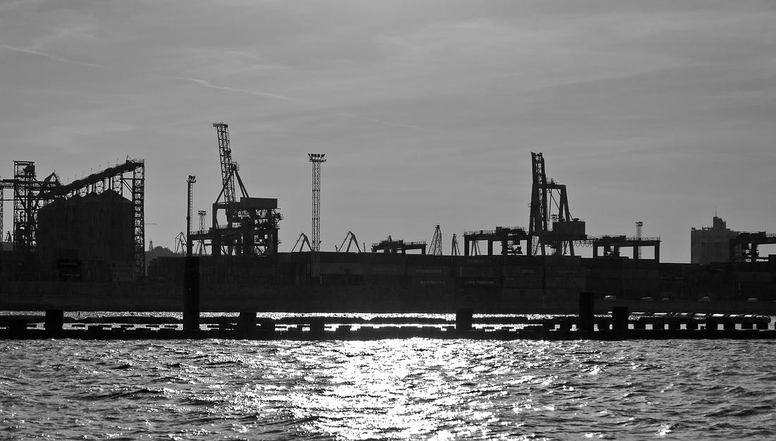 """фото """"Одесса, порт"""" метки: черно-белые, город,"""