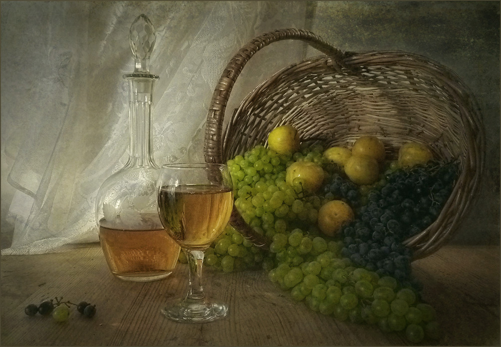 "photo ""***"" tags: still life, light, summer, wine, август, настроение"
