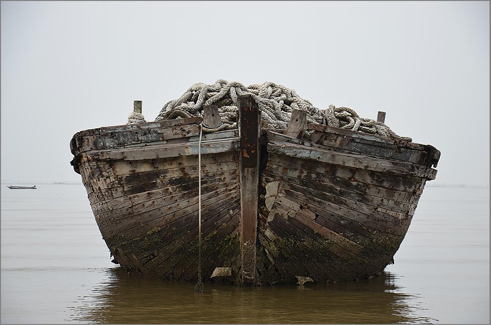 """фото """"""""Старая лодка"""""""" метки: путешествия, разное, вода"""