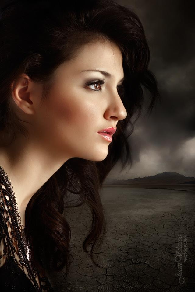 """фото """"Silvia"""" метки: портрет, face, velasco, женщина, ночь, свет"""