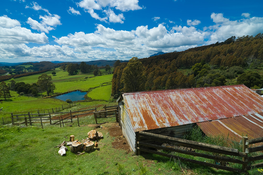 "photo ""Highlands of Tasmania_2"" tags: landscape, clouds, grass, green, lake, mountains, sky, trees"