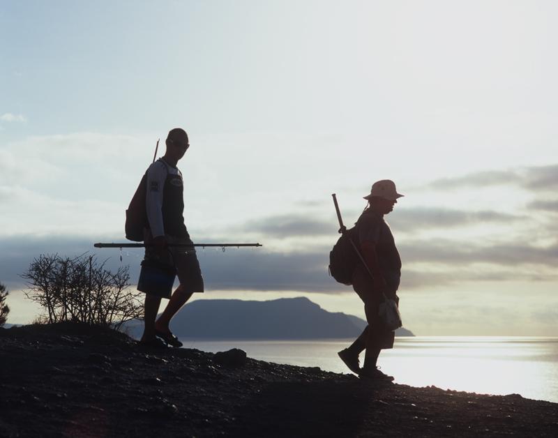 """фото """"Два рыбака на фоне Крыма"""" метки: разное,"""