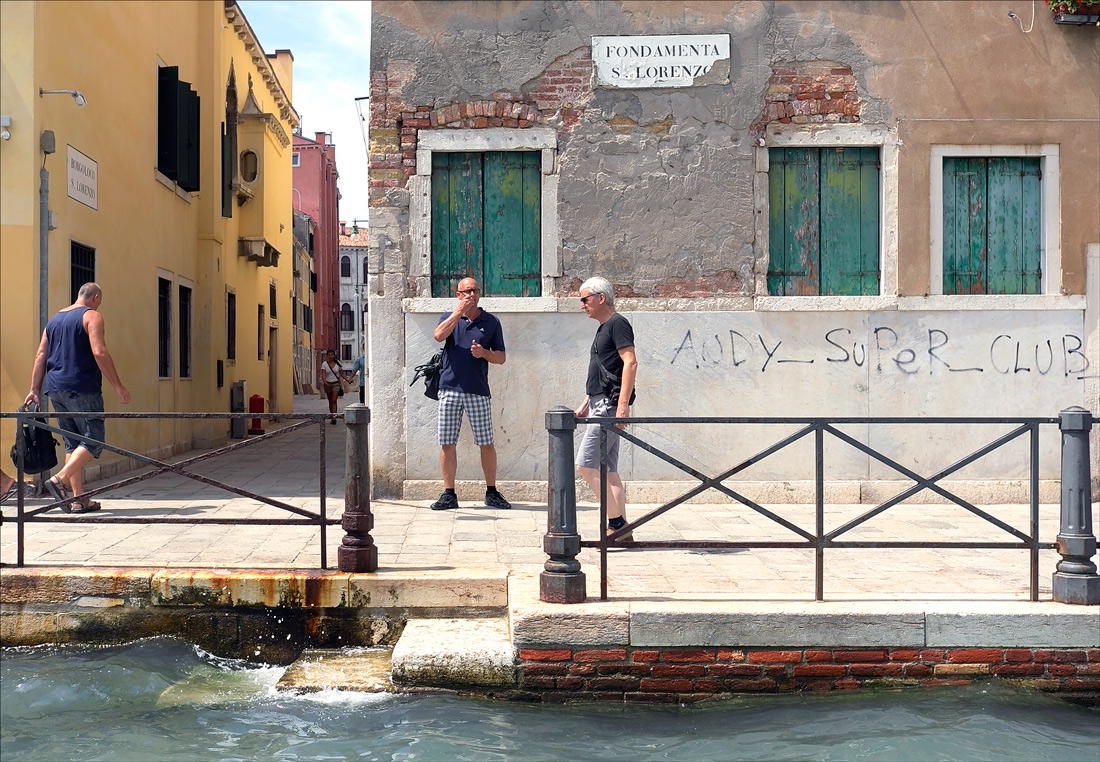 "photo ""Frozen moment"" tags: street, Venice, мужчины"